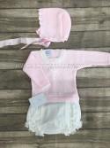 Conjunto cubre bebé de Carmen Taberner estrellas rosas