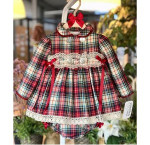 Jesusito bebé niña Londres de Valentina Bebés escocés