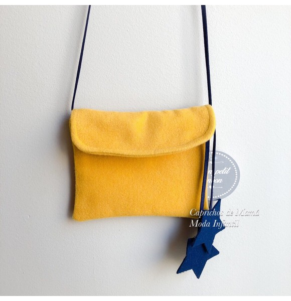 Bolso Estrellas de Mon Petit mostaza