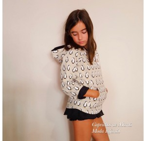 Conjunto niña sudadera y falda Penguin de Badum Badero