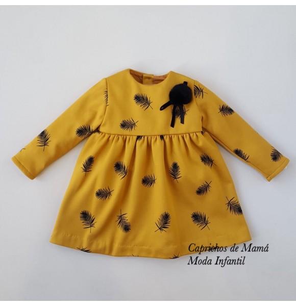 Vestido niña de Baby Yiro plumas mostaza